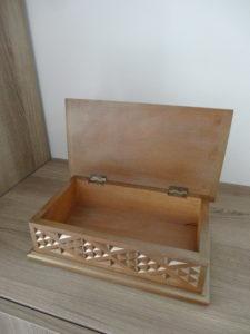 Boîte en bois sculpté dorée - Ma déco aux petits oignons