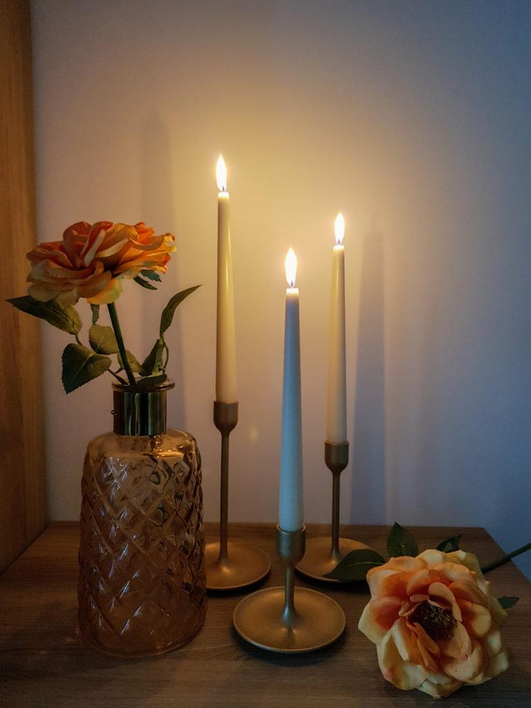 Idée déco chandeliers dorés - Ma déco aux petits oignons