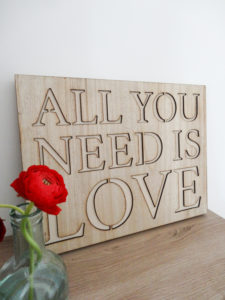 Pancarte all you need is love - Ma déco aux petits oignons