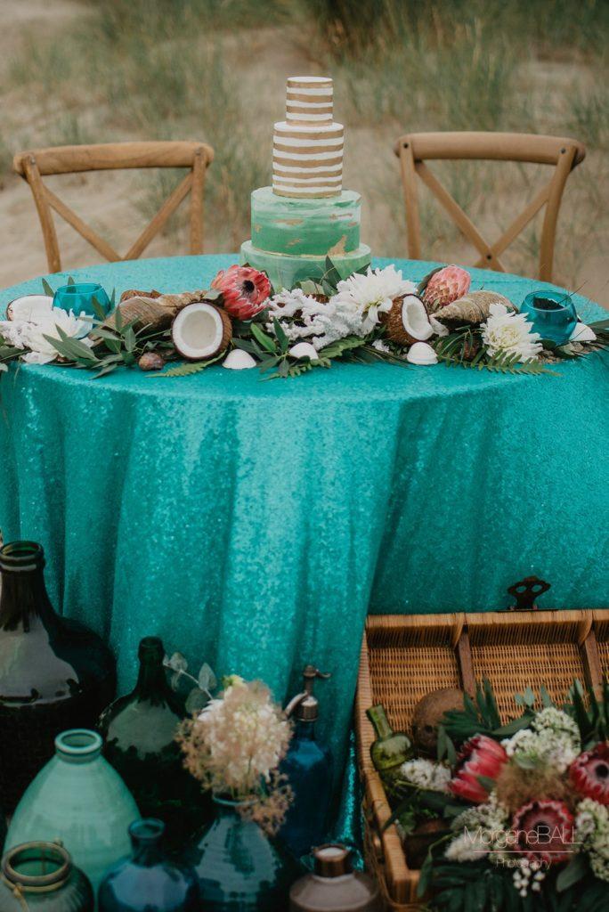 Ma déco aux petits oignons - Shooting d'inspiration tropical - table et wedding cake